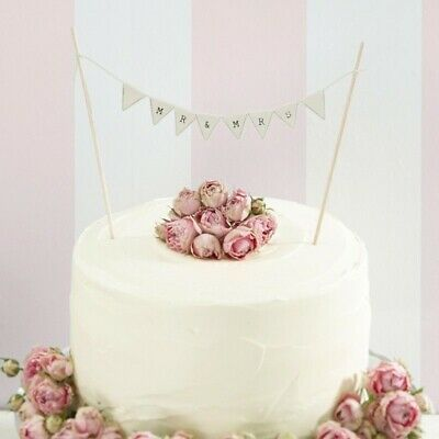 MR and MRS Wedding cake bunting - Ivory - Vintage Lace by Ginger Ray