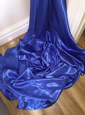 """30 MTRS ROYAL BLUE SATIN LINING FABRIC 58/"""" WIDE FULL ROLL £45 32 YARDS ON ROLL"""