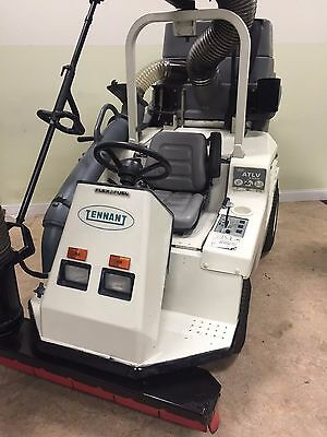 TENNANT 4300 ATLV Diesel Powered Vac
