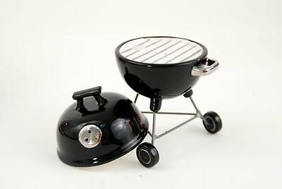 Barbeque Grill BBQ Novelty Magnetic Salt and Peper Shaker Set