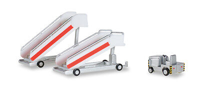 Herpa Wings Airport acc: Historical Passenger Stairs + Tractor 1:200 (551809)