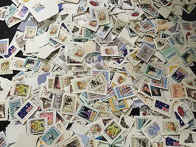 985g All Stamped Used Australian Stamps On Papers Bulk (kiloware)