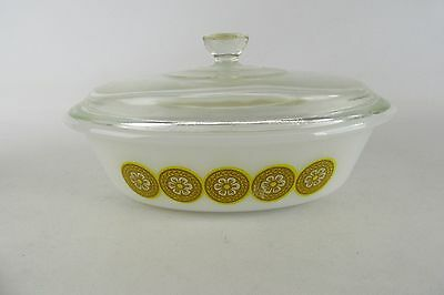 Glasbake Yellow Daisy Covered Serving Dish 3 Qt