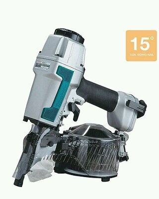 **NEW Makita AN611 2 1/2 in. 15 Degree  Siding Coil Nailer Air Nail Gun
