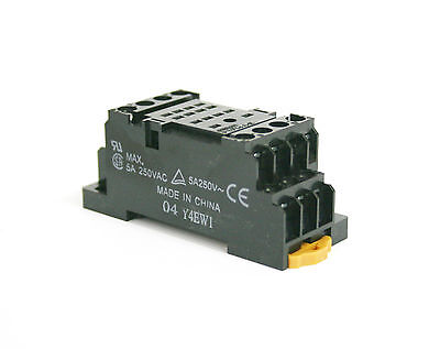 Omron PYF14A-E - 14 Pin Plug-in Relay Socket