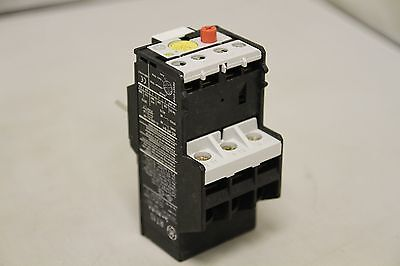 Ge Industrial 3 Phase Thermal Overload Relay Rt1S - New Old Stock