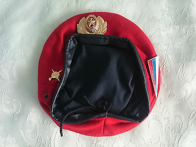 Beret. Russian Military Police. Russia. Size 59 and 60. Badge. Red