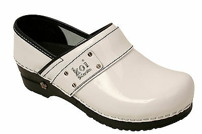Sanita Koi Women's shoes Professional work shoe Lindsey in Patent Leather clogs
