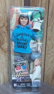 Hannah Montana - Memorable Moments - OLIVER OKEN - Doll from Episode 'Achy Jakey