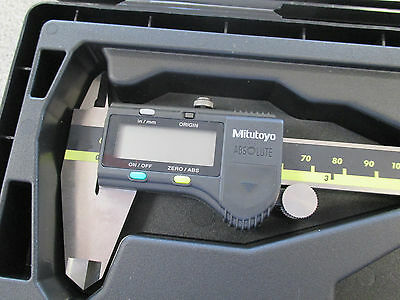 """NEW Mitutoyo 6"""" ABSOLUTE Inch/Metric Digimatic Electronic Caliper 500-196-30"""