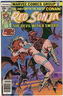Lot of 6 Marvel Feature presents Red Sonja She-Devil with a Sword VG Condition!
