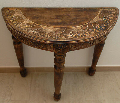 Round Table Consolle Solid Mango Wood Elephant Carving Design Handmede