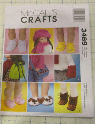"""McCALLS 3469 SEWING PATTERN FOR 18"""" DOLL SHOES HATS MITTENS PURSE"""