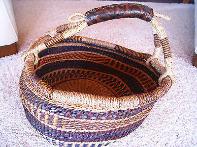 """LRG 42"""" Circum VTG African Finely Hand Woven Market Basket w/Leather Handle"""
