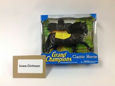 Grand Champions Classic Friesian Horse Shadow Play Set 50099 50090 New