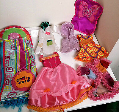 GROOVY GIRLS LOT- Sleeping Bag, Clothes, Princess Isabella, Doctor, Sweater