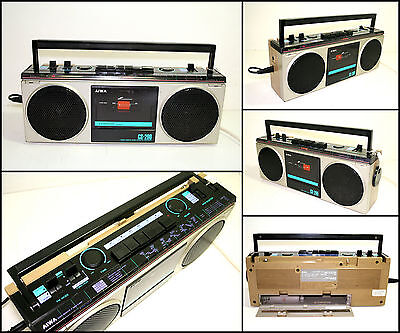 AIWA CD-200H 4 Band Radio Cassette Boombox