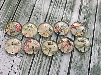10 x 20mm Round Vintage Dragonfly and Flowers Glass Cabochons jewellery,charms,