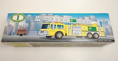 BP Gas Station Aerial Tower Fire Truck 1996 1st Of A Series 1:35 Scale With Box