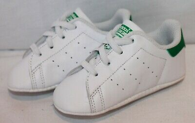 newest db4fd 4cd01 Baby s Adidas Stan Smith Crib White   Green Trainers B24101