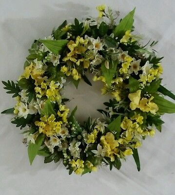 Beautiful Summer Wreath Daffodil Buttercup Floral