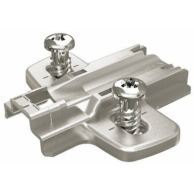 Embases avec vis de fixation direct 0mm x10 HETTICH
