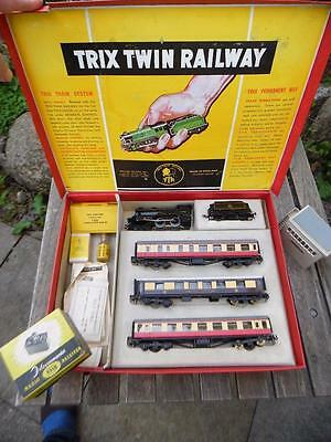 Trix Twin Railway Night Express Set