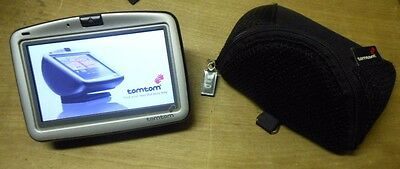 TomTom Go 910, Works Great, Needs Suction Cup on Mount.
