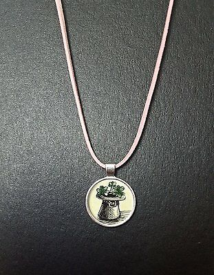 """Good Luck Shamrock Pendant On a 18"""" Pink Cord Necklace Birthday Gift N40"""