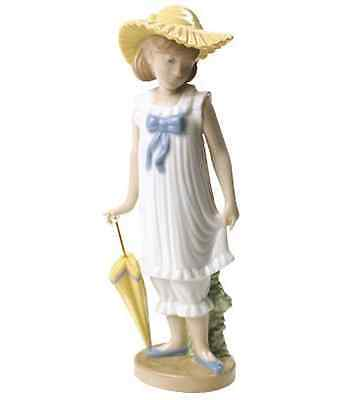 Nao by Lladro Porcelain April Showers Special Edition Figurine Ornament 02001702