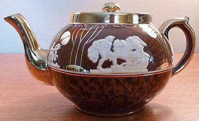 Vintage Gibsons cream on brown tortoise shell jasperware teapot with heavy gold