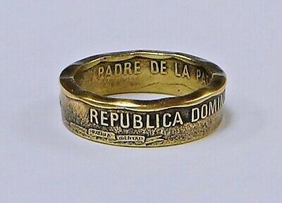 """Sealed"" DOMINICAN REPUBLIC UN PESO  handcrafted  coin ring  size 4-12"
