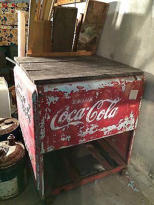 Vintage Coca Cola Cooler 1938 Good Shape Not All Rotted Out Missing Lids