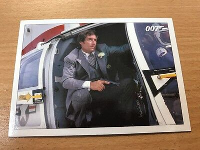 James Bond 2016 Classics License To Kill Throwback Chase Card #4