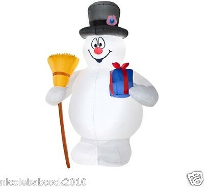 CHRISTMAS 6 FT Frosty the Snowman w/ broom airblown inflatable yard decor