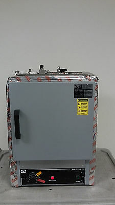QL QUINCY LAB 20GC 750 Watts 6.3 Amps 1.27 Cubic Fee Gravity Convection Lab Oven