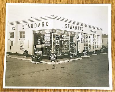 Vintage Standard Quaker State Oil Gas Service Station Garage Photo Print