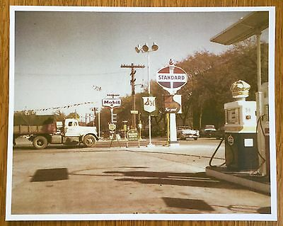 Vintage Standard White Crown Globe Mobil Oil Gas Service Station Photo Print