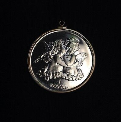 1998 Gibraltar 1 Royal Kissing Cherubs w/ Nice Bezel - FREE Shipping!!