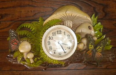 """1975 Vintage """"New Haven"""" Burwood Products Mushroom Wall Clock Battery Operated"""