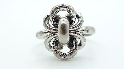 Sarah Coventry Vintage Silver Tone Ring