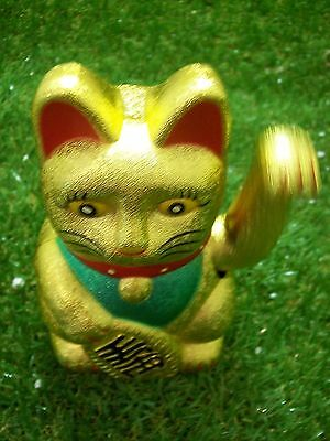 Maneki Neko Waving Cat - Gold, 170mm