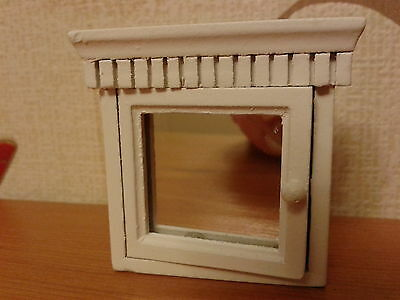 Streets Ahead Doll House Miniatures 1/12th Scale Wooden Bathroom Cabinet New
