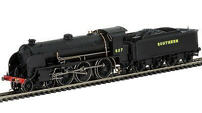 Hornby - R3411 Southern 4-6-0 Maunsell S15 Class Locomotive '827' '00' Scale