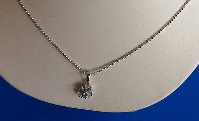 New- 14ct Solid white gold diamond Flower Design Pendant & 18ct Short Necklace