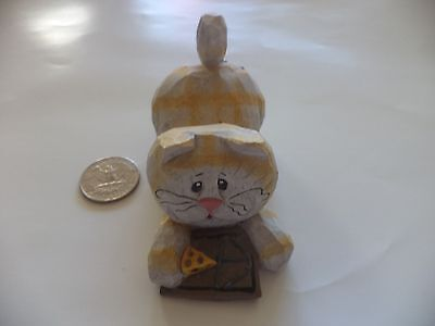 """Approx. 4""""x2"""" Eddie Walker Cat With Mouse Trap,cheese, And Hiding Mouse Figurine"""