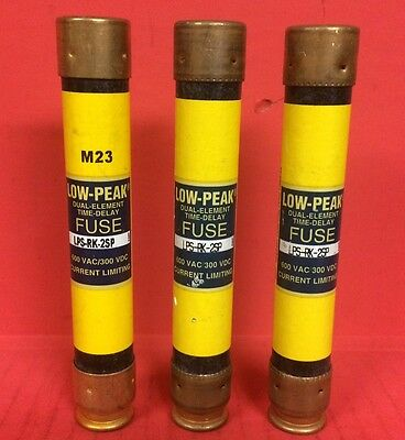 Lot of (3) Bussmann Low-Peak Dual Element Time Delay LPS-RK-2SP Fuses - 600VAC