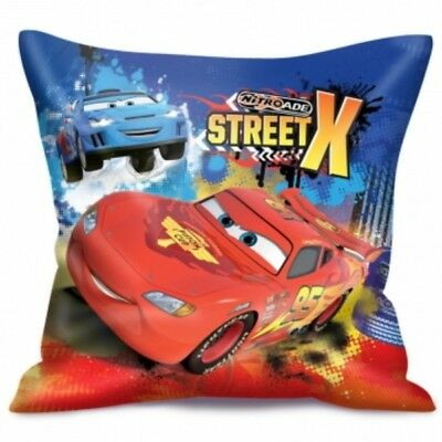 Coussin carré Disney Cars-Flash McQueen 35cmx35cm
