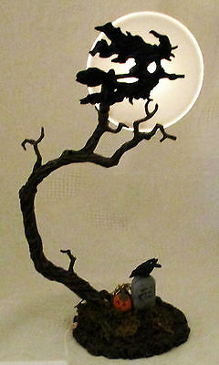 Dept 56 Halloween WITCH BY THE LIGHT OF THE MOON #52879 Village Accessory