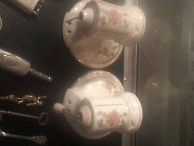 Vintage 1920s PORCELAIN Bathroomt liights. and ornate Brass door knobs WOW